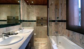 http://photos.hotelbeds.com/giata/06/069239/069239a_hb_ro_029.jpg
