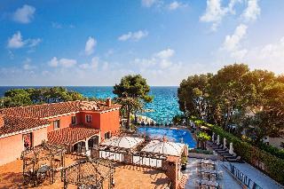 http://photos.hotelbeds.com/giata/06/069239/069239a_hb_ro_038.jpg