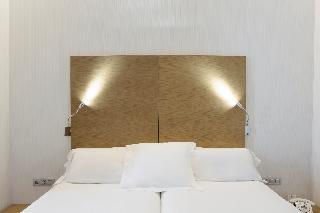 http://photos.hotelbeds.com/giata/06/069900/069900a_hb_ro_031.jpg