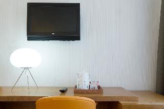 http://photos.hotelbeds.com/giata/06/069900/069900a_hb_ro_053.jpg
