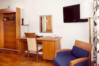 http://photos.hotelbeds.com/giata/07/070295/070295a_hb_ro_008.jpg