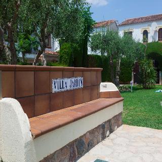 Viviendas villa jardin cambrils tarragona for Viviendas jardin