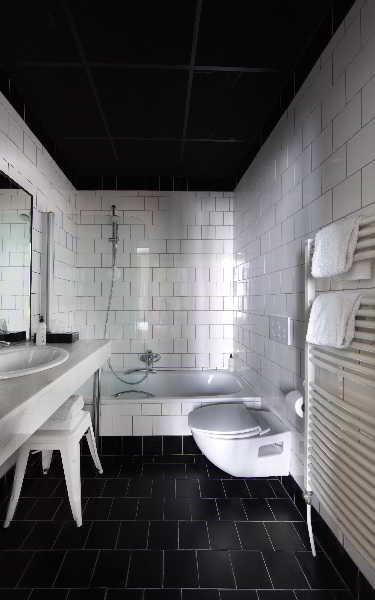 Zoom Hotel - Zimmer