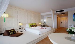 http://photos.hotelbeds.com/giata/07/078953/078953a_hb_ro_020.jpg