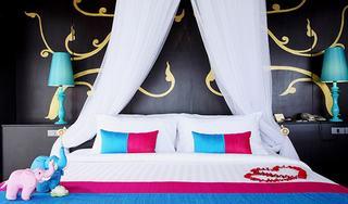 http://photos.hotelbeds.com/giata/07/078953/078953a_hb_ro_038.jpg