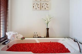 http://photos.hotelbeds.com/giata/07/078953/078953a_hb_ro_041.jpg