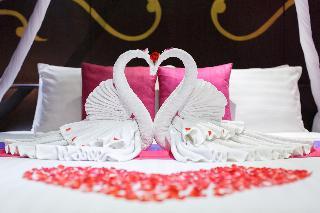 http://photos.hotelbeds.com/giata/07/078953/078953a_hb_ro_096.jpg