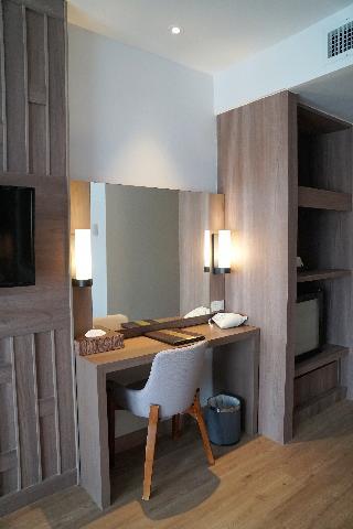 http://photos.hotelbeds.com/giata/07/078953/078953a_hb_ro_127.jpg