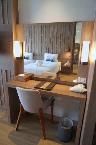 http://photos.hotelbeds.com/giata/07/078953/078953a_hb_ro_128.jpg