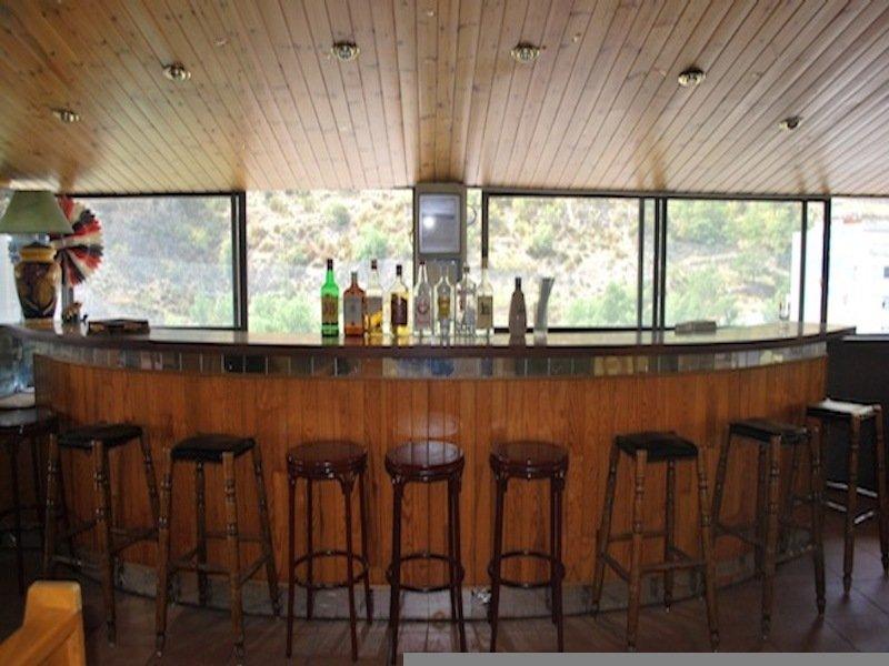 Co-Princeps - Bar