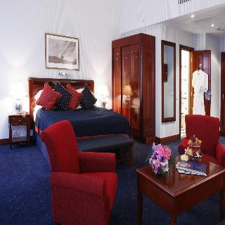 http://photos.hotelbeds.com/giata/07/079956/079956a_hb_ro_008.jpg
