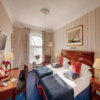 http://photos.hotelbeds.com/giata/07/079956/079956a_hb_ro_015.jpg
