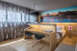 http://photos.hotelbeds.com/giata/08/082434/082434a_hb_ro_022.jpg