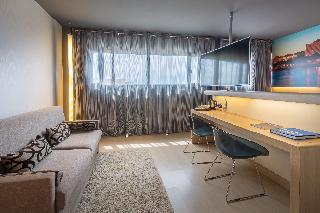 http://photos.hotelbeds.com/giata/08/082434/082434a_hb_ro_023.jpg