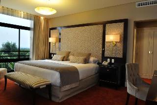 http://photos.hotelbeds.com/giata/08/082511/082511a_hb_ro_028.jpg