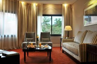 http://photos.hotelbeds.com/giata/08/082511/082511a_hb_ro_031.jpg