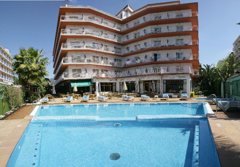 Hotel Acapulco thumb-2