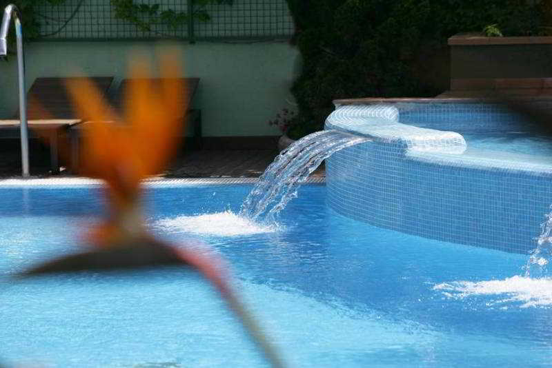 Hotel Acapulco thumb-4