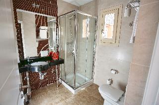 http://photos.hotelbeds.com/giata/08/087959/087959a_hb_ro_025.jpg