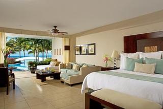 http://photos.hotelbeds.com/giata/09/092291/092291a_hb_ro_011.jpg