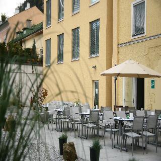 Hofwirt - Terrasse
