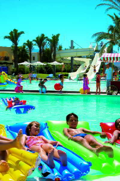 Hotels in Marmari: Grecotel Royal Park