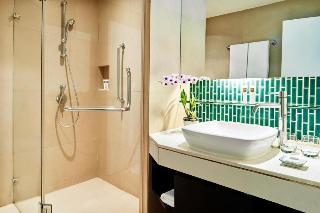 http://photos.hotelbeds.com/giata/09/098818/098818a_hb_ro_049.jpg
