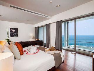 http://photos.hotelbeds.com/giata/10/100675/100675a_hb_ro_028.jpg