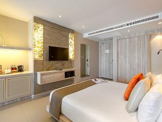http://photos.hotelbeds.com/giata/10/100675/100675a_hb_ro_067.jpg