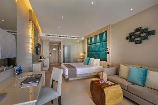 http://photos.hotelbeds.com/giata/10/100675/100675a_hb_ro_079.jpg