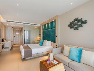 http://photos.hotelbeds.com/giata/10/100675/100675a_hb_ro_082.jpg