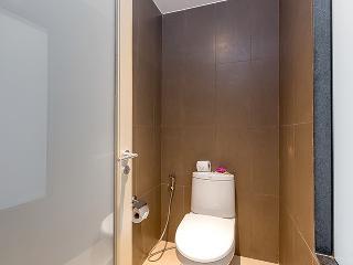 http://photos.hotelbeds.com/giata/10/100675/100675a_hb_ro_084.jpg