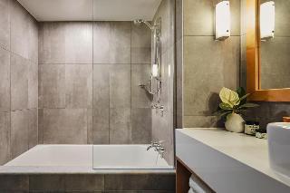 http://photos.hotelbeds.com/giata/10/105489/105489a_hb_ro_007.jpg