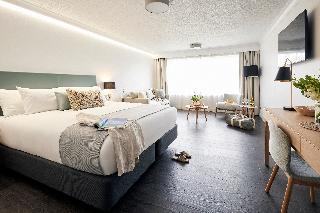 http://photos.hotelbeds.com/giata/10/105489/105489a_hb_ro_026.jpg