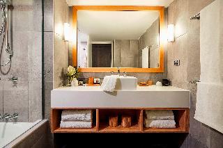 http://photos.hotelbeds.com/giata/10/105489/105489a_hb_ro_028.jpg