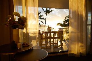http://photos.hotelbeds.com/giata/10/105489/105489a_hb_ro_049.jpg