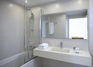 http://photos.hotelbeds.com/giata/10/106107/106107a_hb_ro_006.jpg