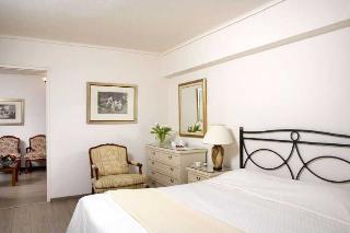 http://photos.hotelbeds.com/giata/10/106107/106107a_hb_ro_026.jpg