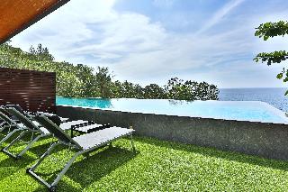 http://photos.hotelbeds.com/giata/10/107330/107330a_hb_ro_015.jpg