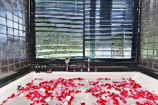 http://photos.hotelbeds.com/giata/10/107330/107330a_hb_ro_148.jpg