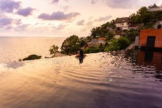 http://photos.hotelbeds.com/giata/10/107330/107330a_hb_ro_160.jpg