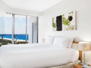 http://photos.hotelbeds.com/giata/11/110452/110452a_hb_ro_078.jpg