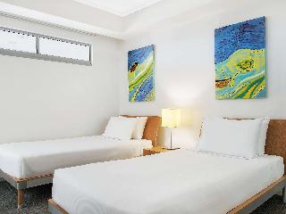 http://photos.hotelbeds.com/giata/11/110452/110452a_hb_ro_083.jpg
