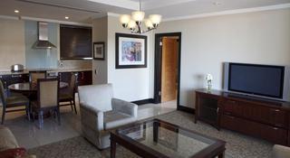 http://photos.hotelbeds.com/giata/11/111120/111120a_hb_ro_043.jpg