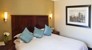 http://photos.hotelbeds.com/giata/11/111120/111120a_hb_ro_045.jpg