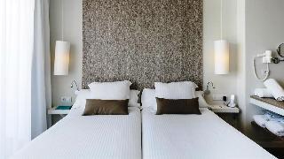 http://photos.hotelbeds.com/giata/11/117678/117678a_hb_ro_002.jpg