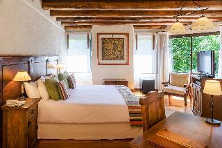 http://photos.hotelbeds.com/giata/11/118316/118316a_hb_ro_002.jpg