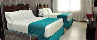 http://photos.hotelbeds.com/giata/12/121429/121429a_hb_ro_012.jpg