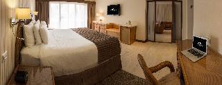 http://photos.hotelbeds.com/giata/12/121429/121429a_hb_ro_032.jpg