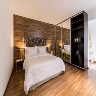 http://photos.hotelbeds.com/giata/12/123744/123744a_hb_ro_011.jpg